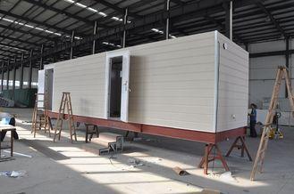 Chine Chambre mobile préfabriquée de carlingue/maisons modulaires préfabriquées cadre en acier pour la maison de garde fournisseur