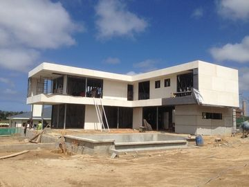 Chine 2 l'histoire, toit plat, Uruguay a préfabriqué la maison en acier légère, Chambres de vue en acier de lumière distributeur